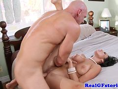Horny housewives facial from her husbands pal