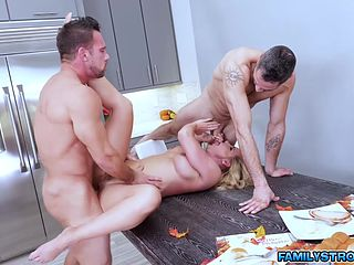 mommy threesome by her neighbors slutload