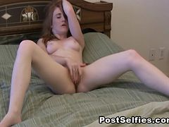 Amateur Teen Babe Fucking Pussy To Orgasm