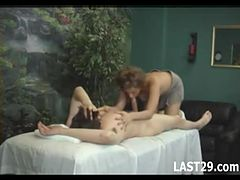 massage turns into bj and fuck