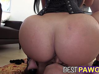 Porn threesome big ass and tits